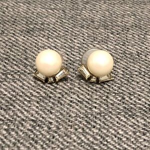 Kate Spade oversize pearl earrings with gem